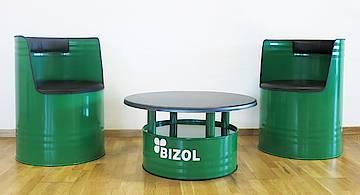 Kit de meubles faits à base de tonneaux d'huiles BIZOL vides - Le tape-à-l'œil idéal